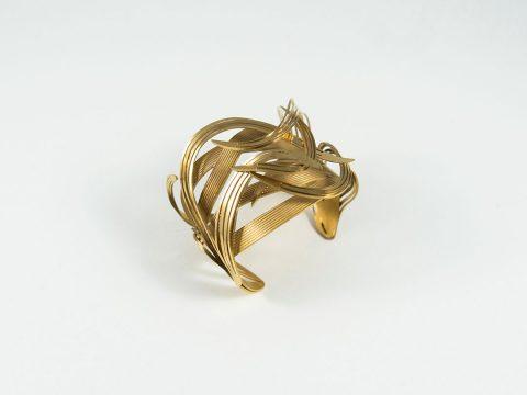 GOLDEN-BRACELET-A